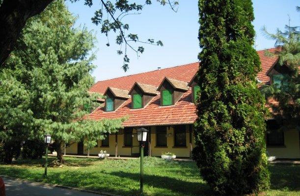 Dánfoki Üdülőközpont Panzió Békés