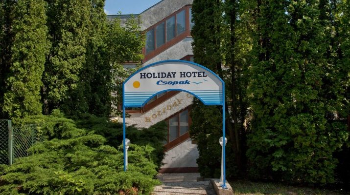 Holiday Hotel Csopak