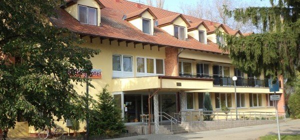 Touring Hotel Berekfürdő