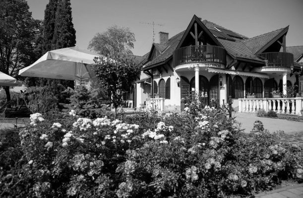 Zsanett Hotel Balatonkeresztúr