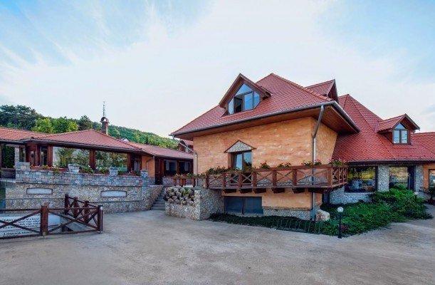 Kavics Hotel Velence