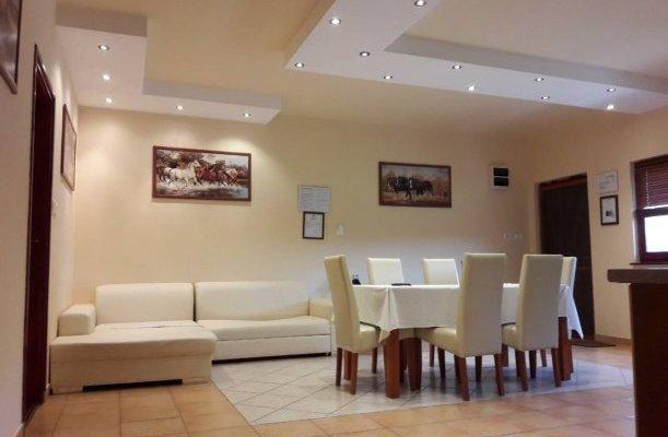 Nyárfás Apartmanház Szeged