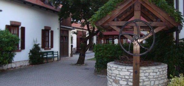 Fogadó az Öreg Préshez Hotel Mór